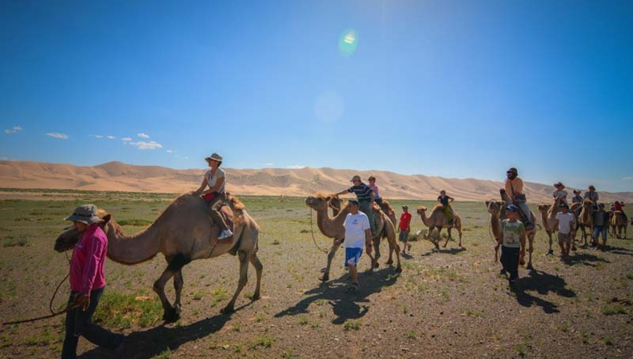 Karakorum and Gobi tour